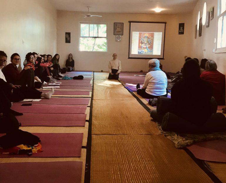 Formação em Yoga Nidra